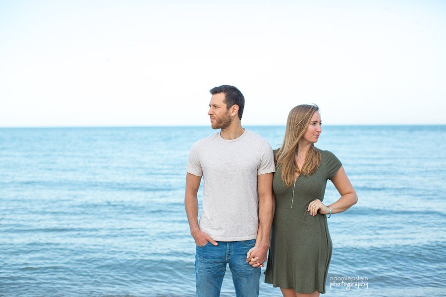 evanston_beach_engagement_Session_5.jpg