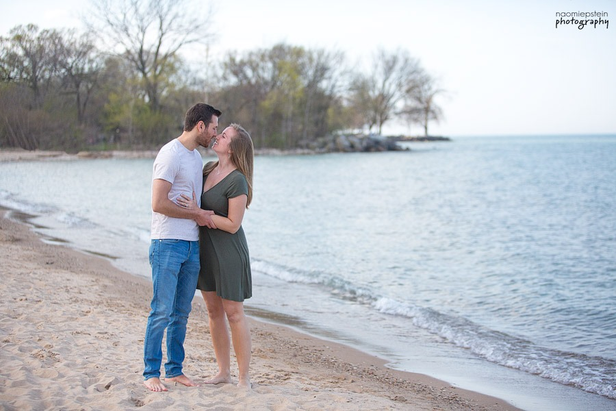 evanston_beach_engagement_Session_8.jpg