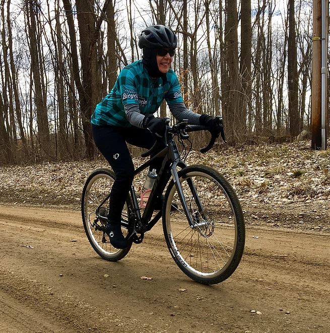 lenie-on-michigan-gravel.JPG