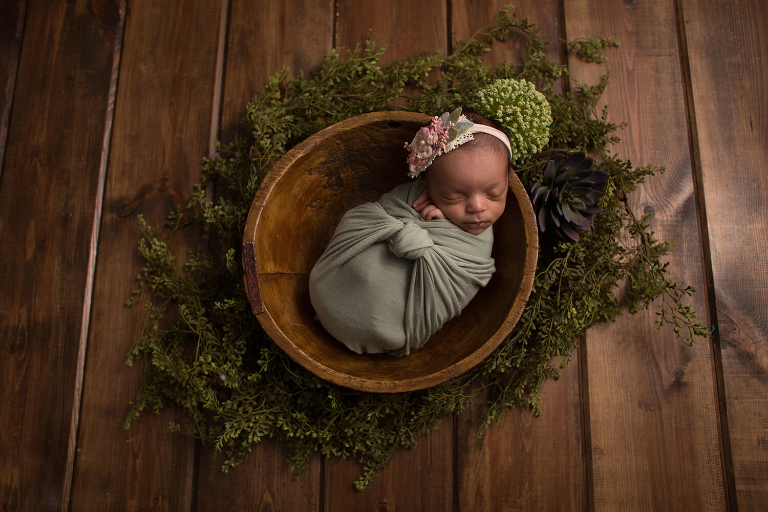 Sweet Snaps Photography - Crown Point Indiana Newborn Photography