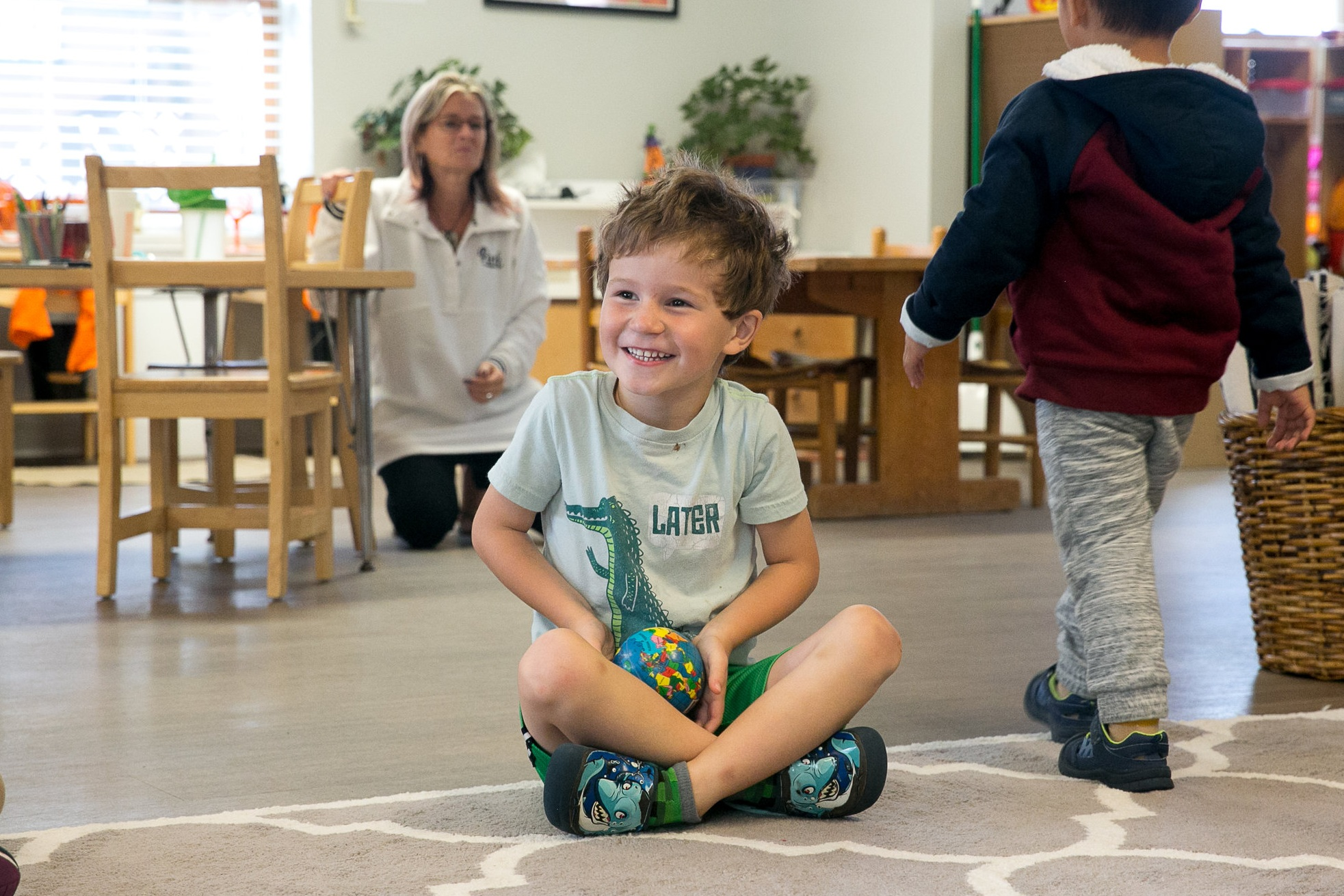Rosehill_Montessori_Preschool_Kindergarten_classroom_classmates_dance_yoga_Play_French_Language_Enrichment_Program.jpg