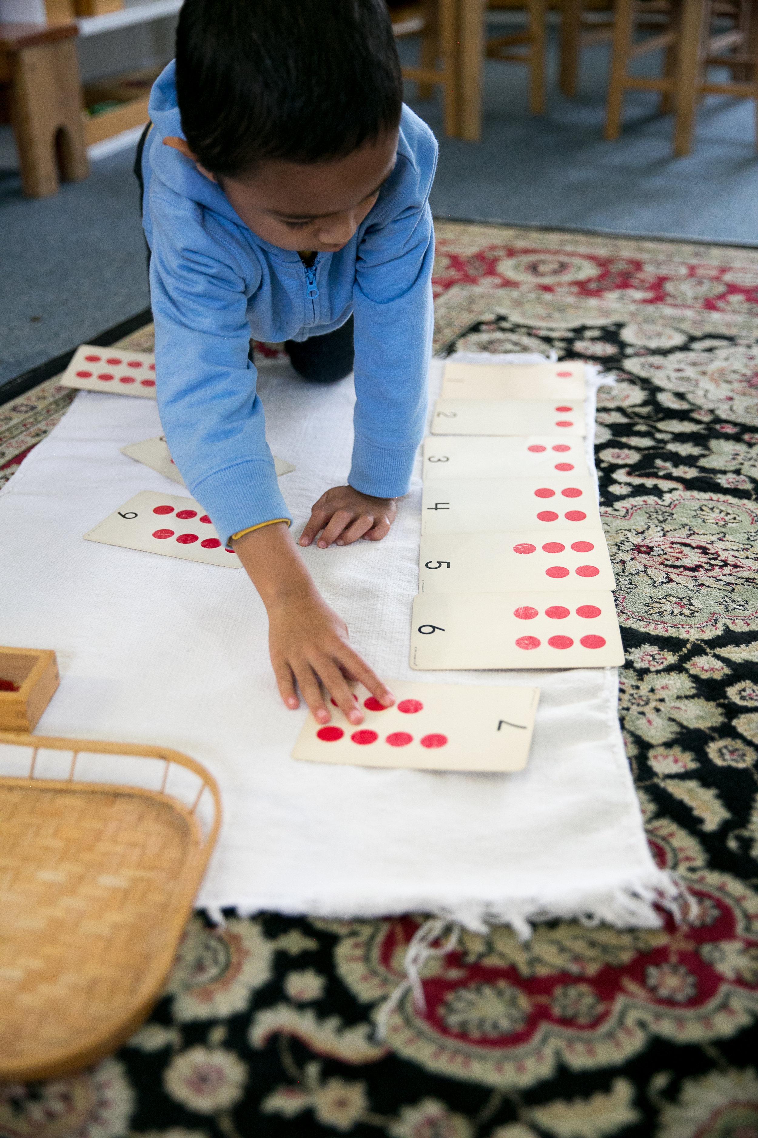 Rosehill_Montessori_Preschool_Kindergarten_classroom_reading_math_science_writing_learning_curriculum_French_Enrichment_Testimonial_Parents.jpg