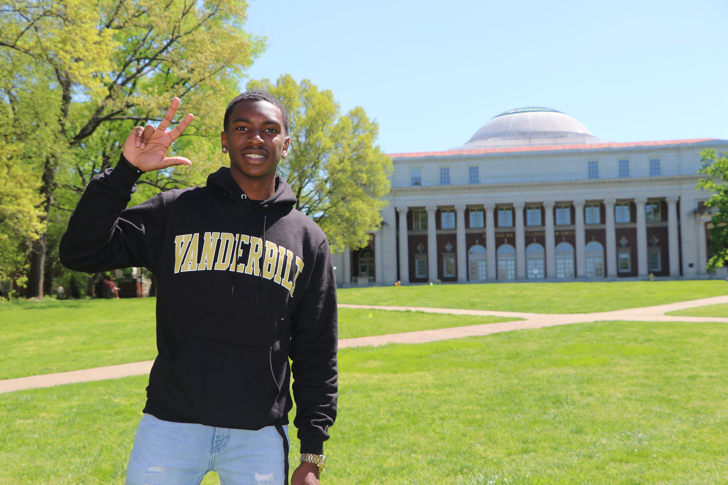 Scholar Story Example - #Vanderbilt #FutureEngineer #Ambition
