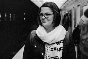 EPISODE 019 - KEEPING YOUR EYES ON YOUR OWN WORK WITH DANIELLE ESPOSTI -