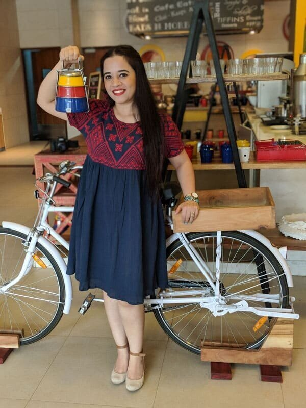 EPISODE 068 - TAKING THE ROAD LESS TRAVELED WITH HINA BISHT -
