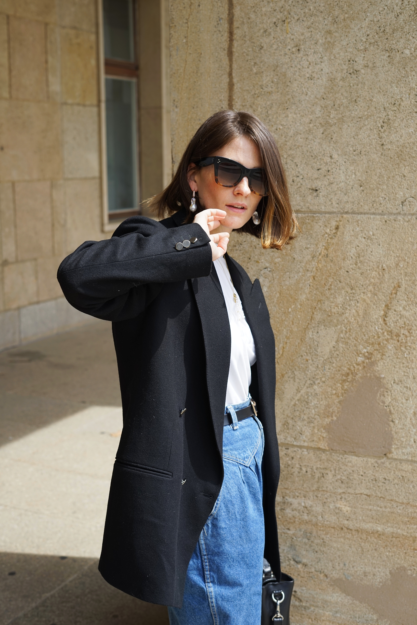 Black Classic Blazer - Why you absolutely should own a classic black blazer…