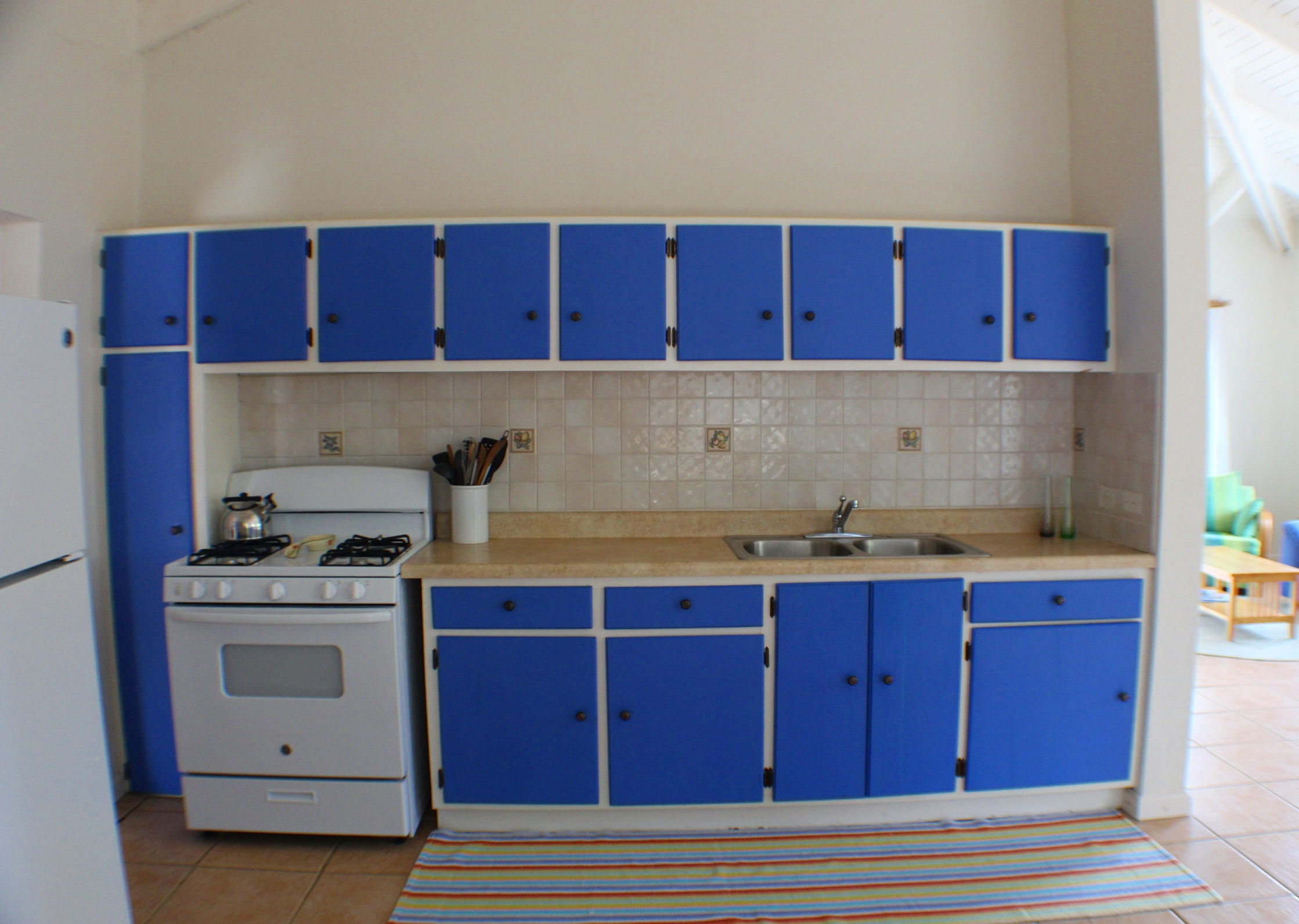 Upper Villa Kitchen Shot 1.jpg