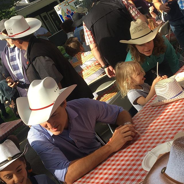 @justinpjtrudeau and I spent some quality time with some folks enjoying pancakes in #sunalta this morning. I was born in #calgary and lived outside of town before I moved to #lethbridge when I was 8. I grew up spending time on ranches nearby. And I come from a long line of true Albertan cowgirls, though I'm not much with a lasso myself. Feels good to get my boots back on as an Albertan Liberal. Heading back to Lethbridge now to #goknockdoors #cdnpoli #abpoli
