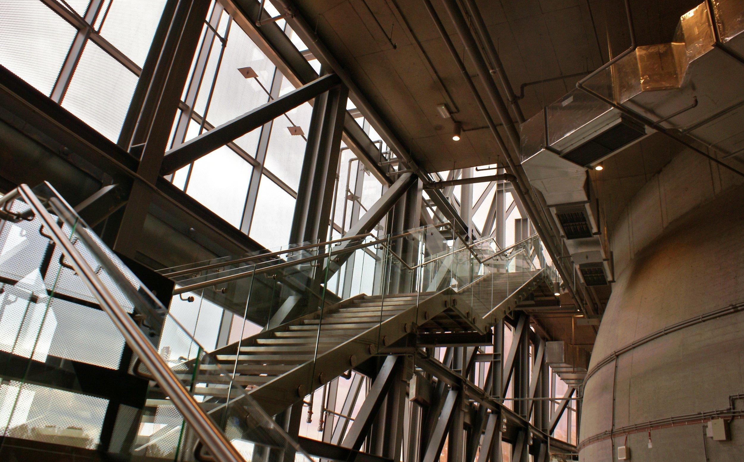 architecture-building-construction-257727.jpg
