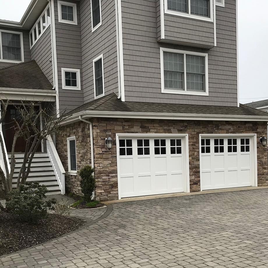 residental_garage_door.jpg