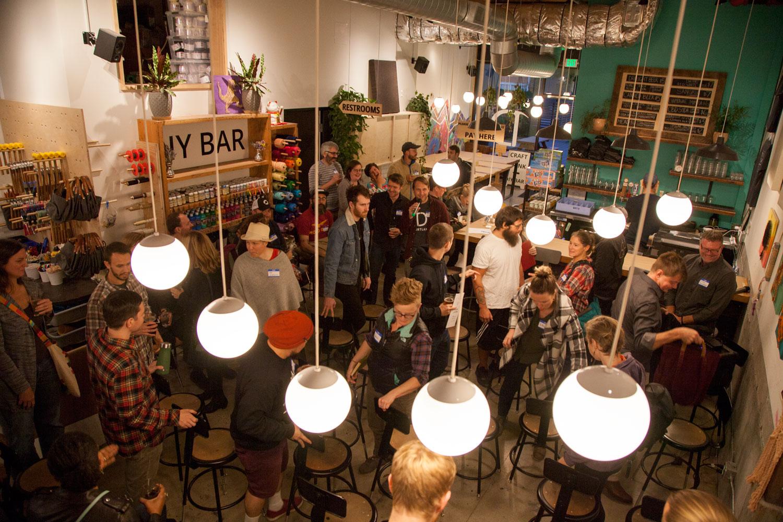 Maker-Meetup-at-DIY-Bar-063.jpg