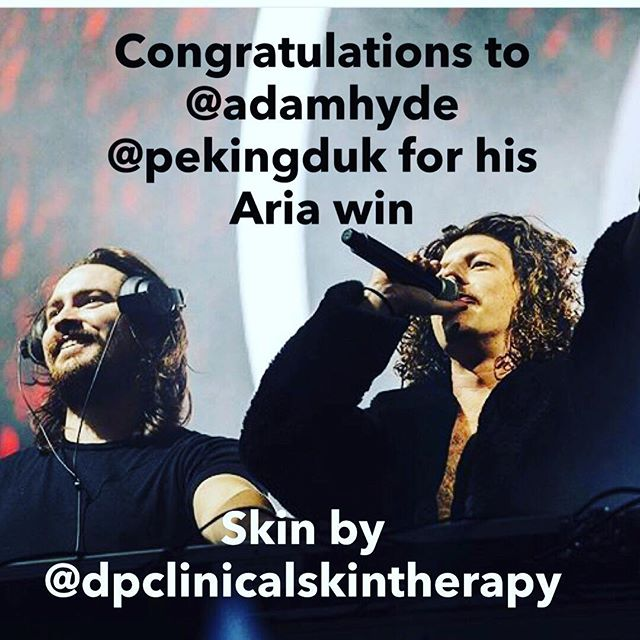 Congratulations to @adamhyde @pekingduk for his @aria_official win tonight!  Skin by @dpclinicqlskintherapy #pekinduk #ariaawards2017 #ariaawards #dpclinicalskintherapy #skinhealth #adamhyde