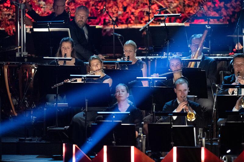 Konsert och samtal: Möt de nominerade!   KL 16.00, bio victor  Gunilla Kindstrand och Camilla Lundberg samtalar med några av de musiker som är nominerade till Nordiska rådets musikpris 2019, varvat med musik.   Här   är de nominerade.