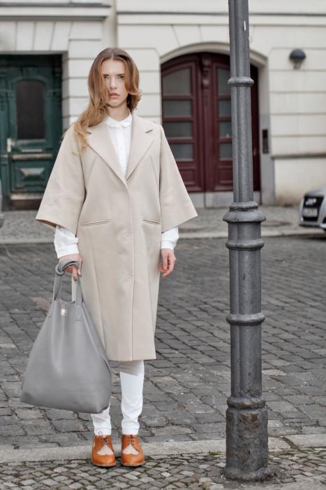 Produktfotograf Phil Meinwelt Taschen Fashion mit Models in Berlin1559.jpg