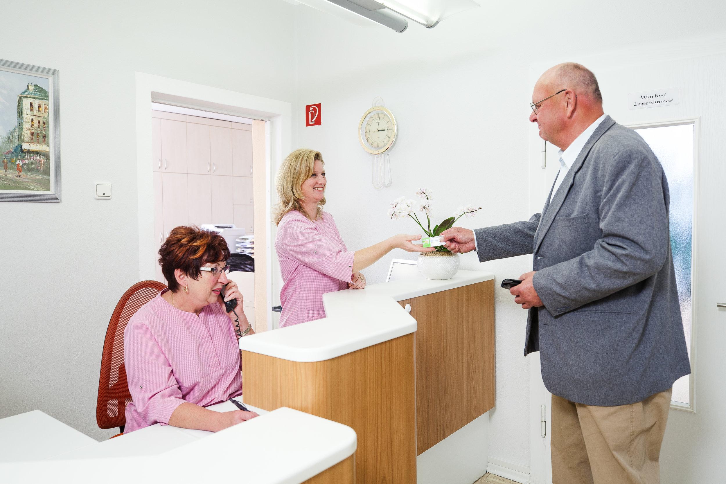 Rezeption Praxisfotografie Fotograf für Zahnärzte Business0104013.JPG