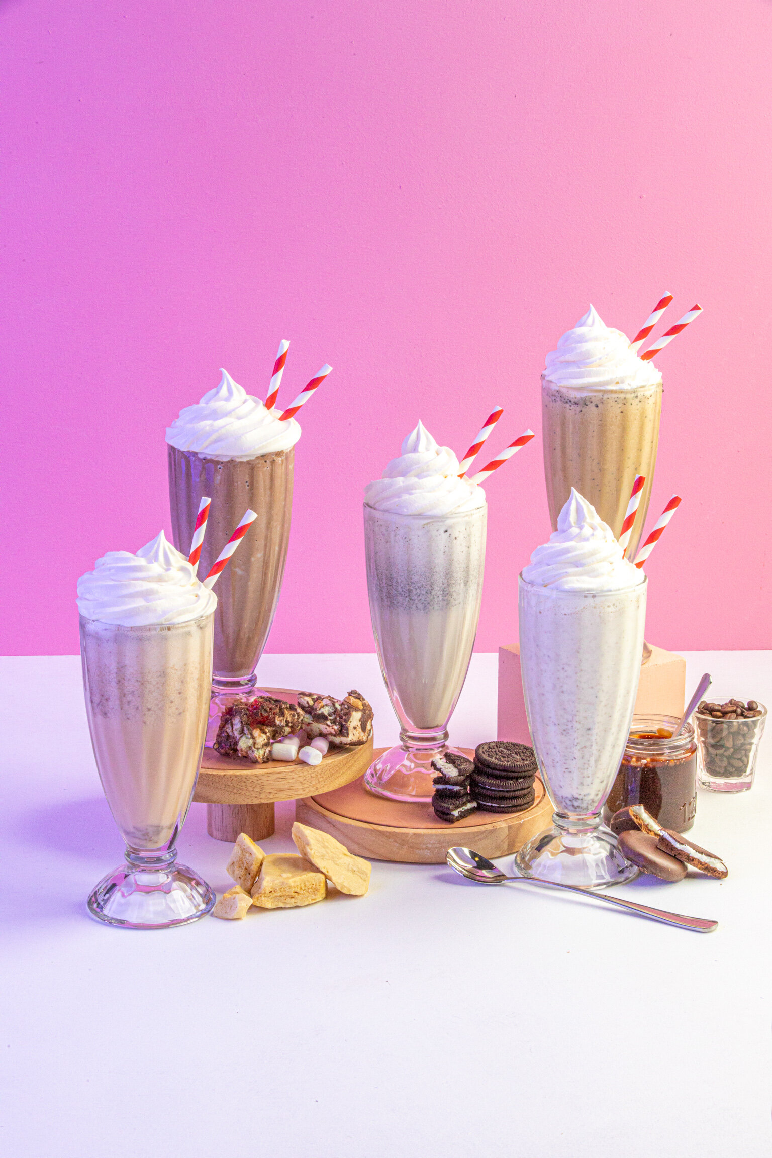 Gloriajeans_shakes-icecreams_more-1.jpg