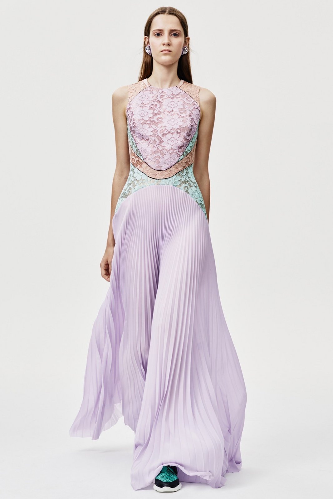 resort-2016-runway-trends-02-pleats-05.jpeg