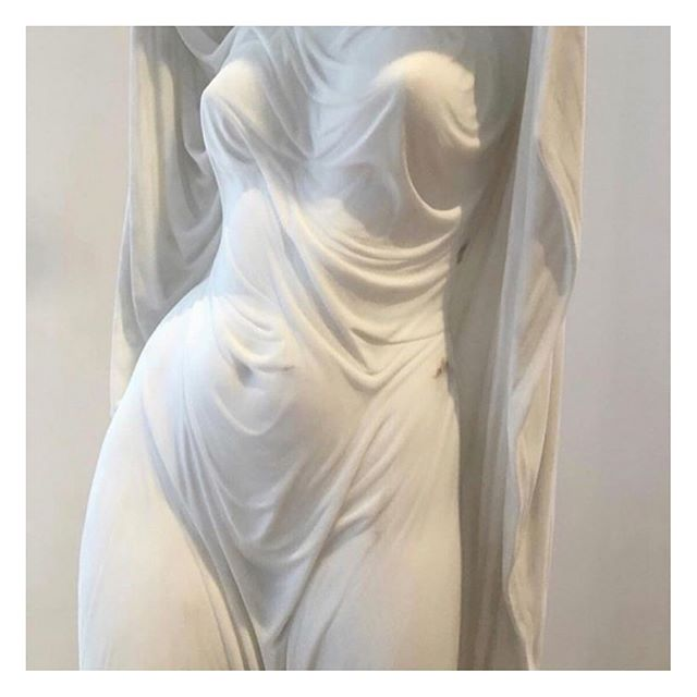 One I'm not born, but rather becomes a woman - Simone de Beauvoir ✨ . . . #quoteoftheday #simonedebeauvoir #femininity #womanhood #fineart #sculpture #classical #lifestyle #parisianstyle #vintagestyle #parisianchic #styledujour #theparisguru #detailsoftheday #simplebeyond #tenuedujour #vintagevibes #theparisianchique #laparisienne #lifestyleblogger #postfortheaesthetic #nofilter #vscocam