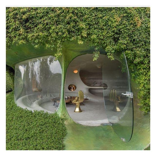 'Casa Orgánica' by Javier Senosiain ✨ . . . #architecture #building #lifestyle #parisianstyle #vintagestyle #parisianchic #styledujour #theparisguru #detailsoftheday #simplebeyond #tenuedujour #vintagevibes #theparisianchique #laparisienne #lifestyleblogger #postfortheaesthetic #nofilter #vscocam #thevogueciel #visualdiary #moodboard