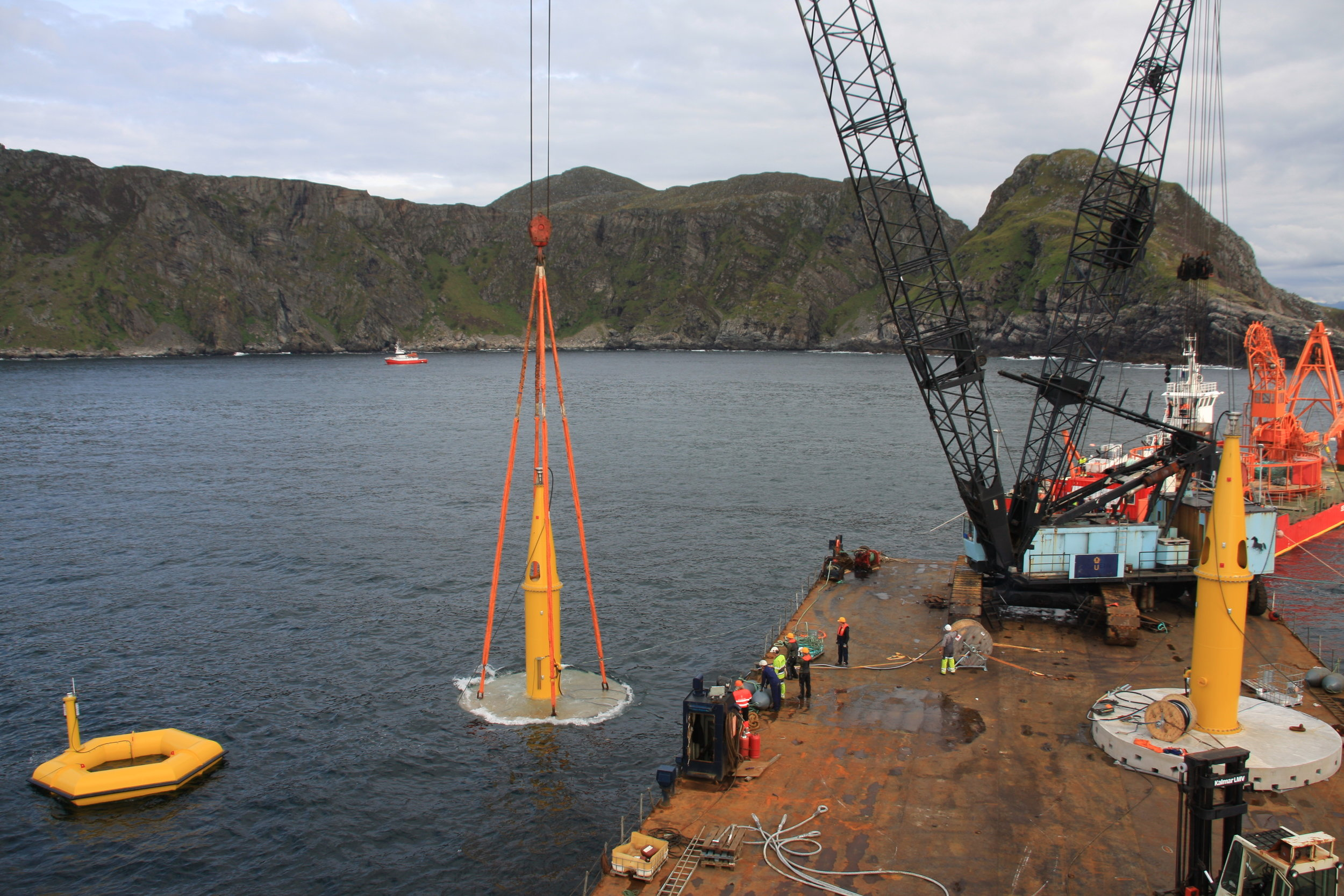 The Maren Project in Runde, Norway - The power company Vattenfall contracted Seabased to provide two full scale wave energy converters, a marine substation and a sub-sea cable (2.7 km) connecting the generators to the 22-kV grid for the MAREN project in Runde, Norway. The total installed capacity was 0.3 MW.