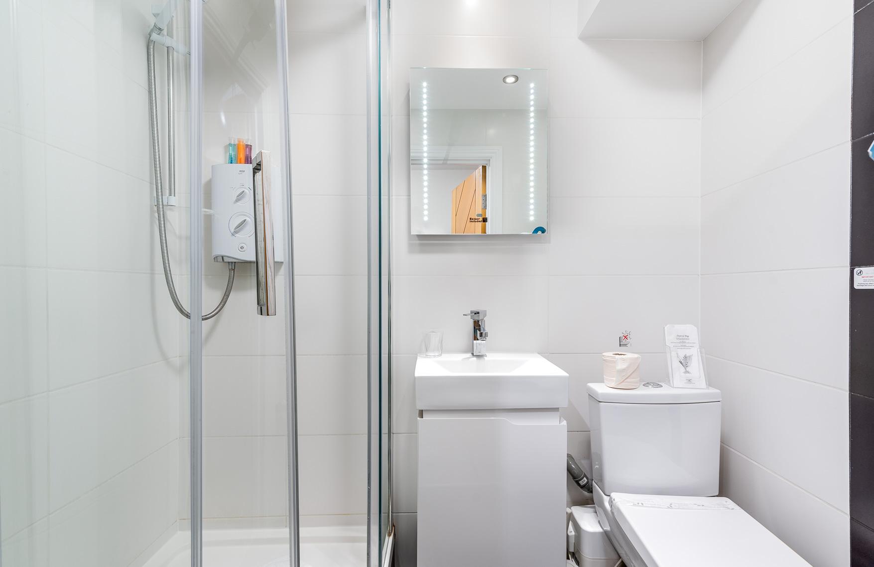 NGh Pod Bathroom.jpg
