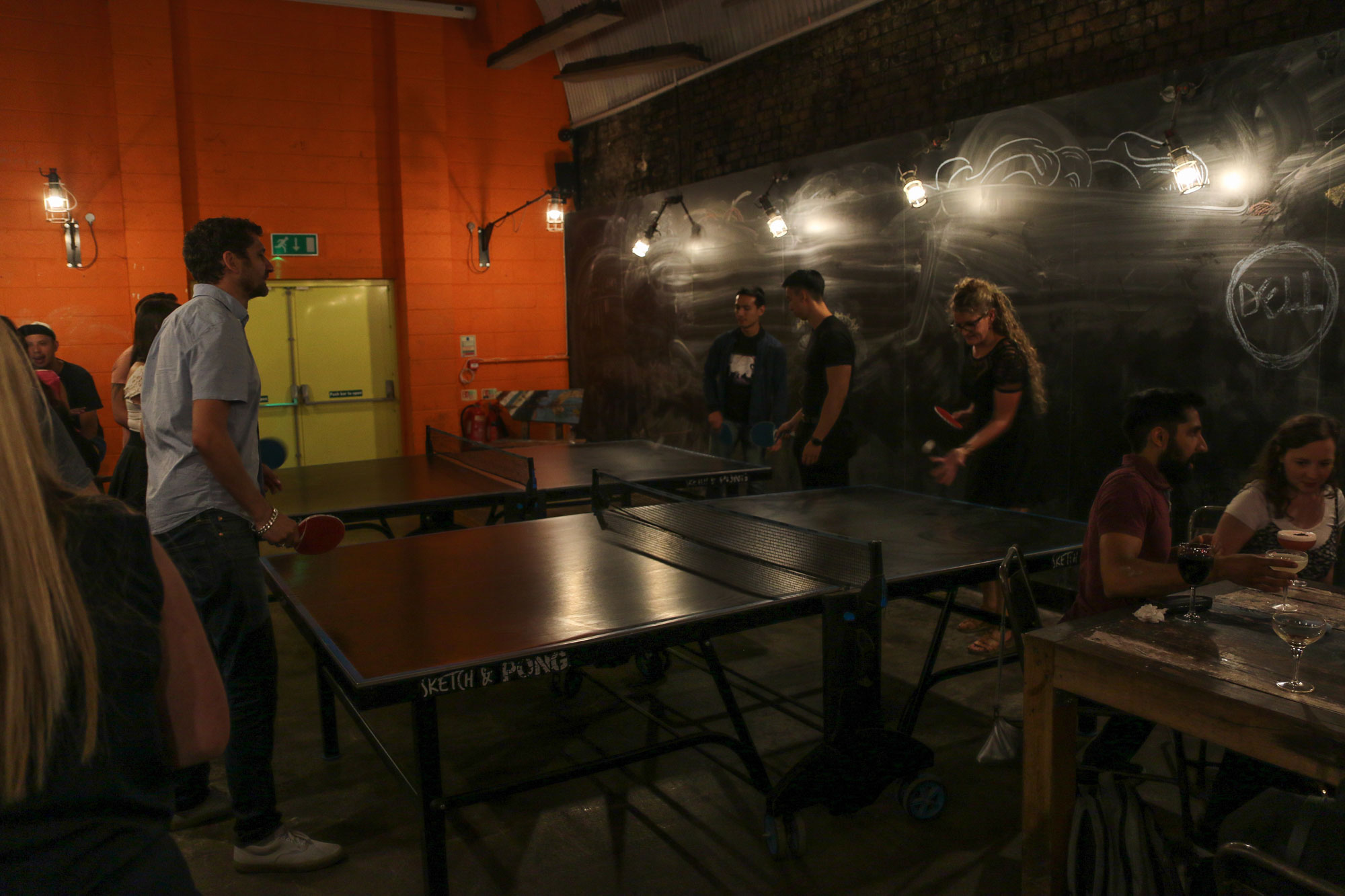 Doodle_Bar_Playing_Table_Tennis.jpg