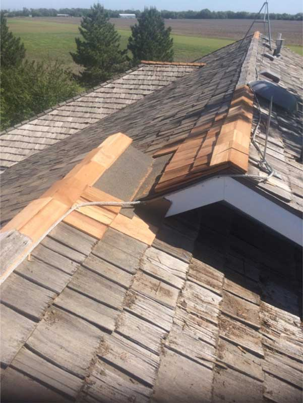 Roof-Transition-Repair-With-Modified-Bitumin.jpg