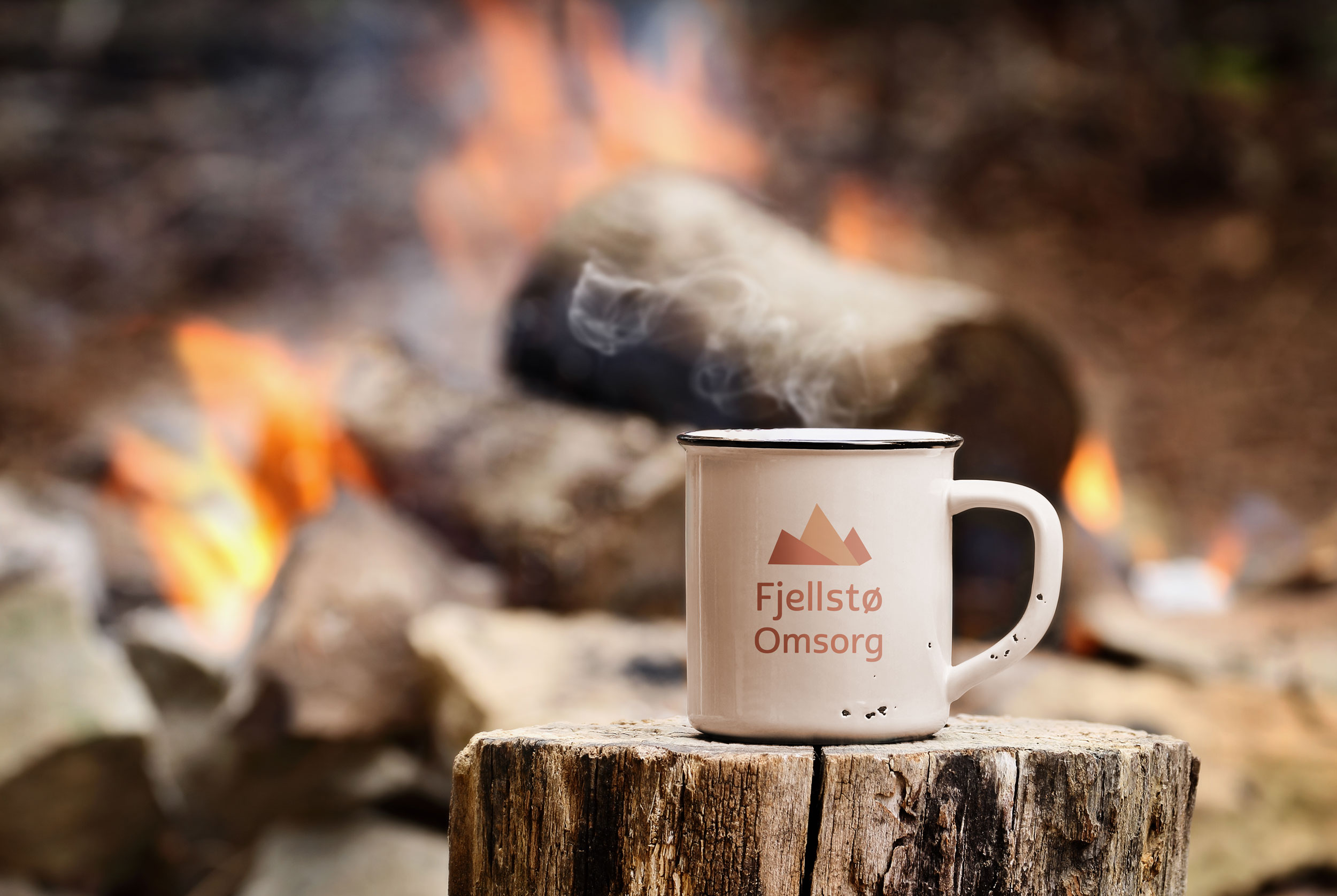 Kaffekopp-og-bål.jpg