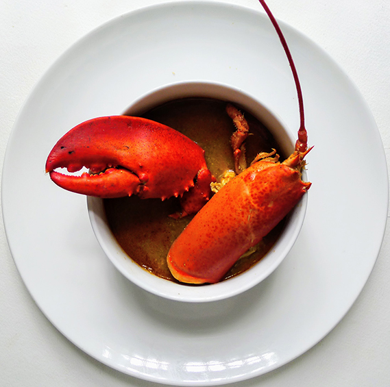 Lobster stew, Menorca style (Caldereta de langosta Menorquina)