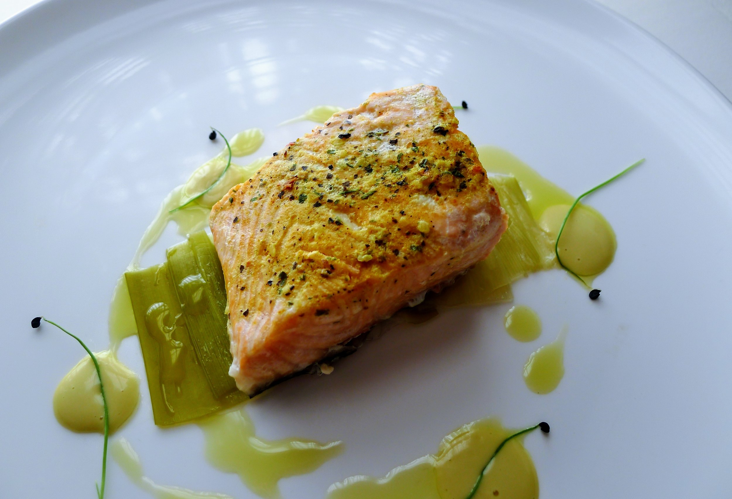 Steamed Salmon marinated with Ginger, Seaweed, Mustard, Leek leaves, Egg sauce & EVOO