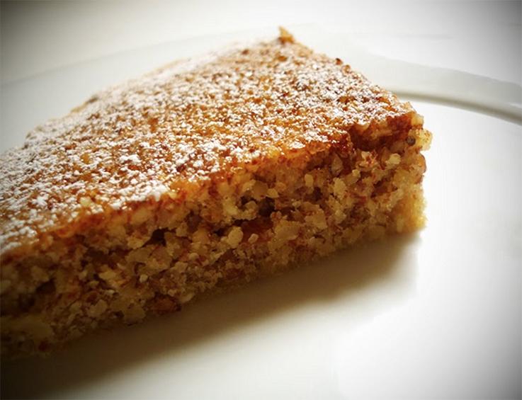 Gluten-free Almond Cake with Rum & Vanilla