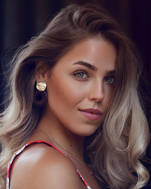 @kandykoat  — #beauty #portrait #curls #beautifulgirls #beautiful #potd #photography #grindhaugphoto #femalemodel #modelo