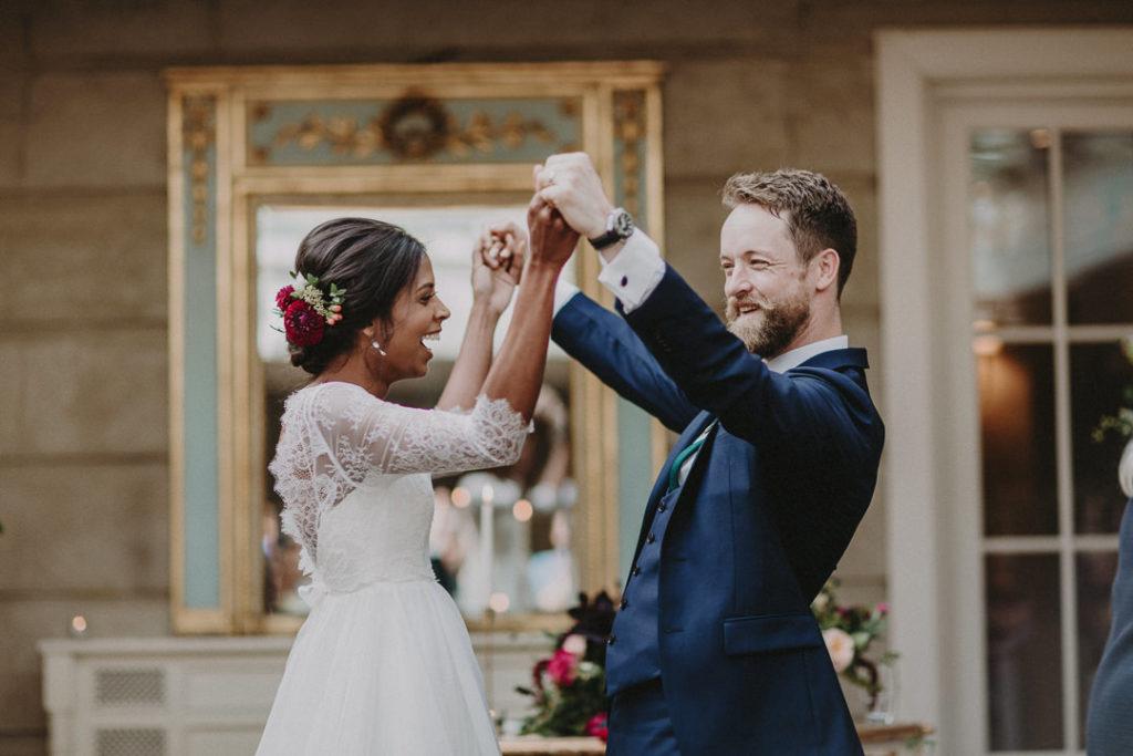 Colourful-wedding-at-Tankardstown-House-jewel-tones-Rafal-Borek-27.jpg