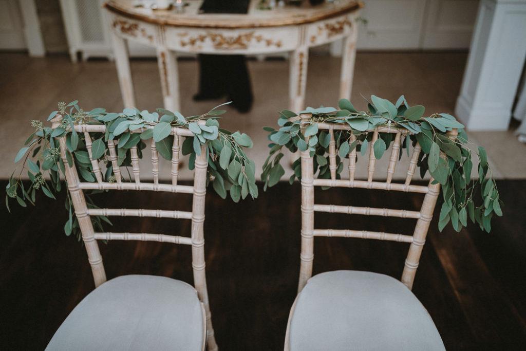 Colourful-wedding-at-Tankardstown-House-jewel-tones-Rafal-Borek-16.jpg