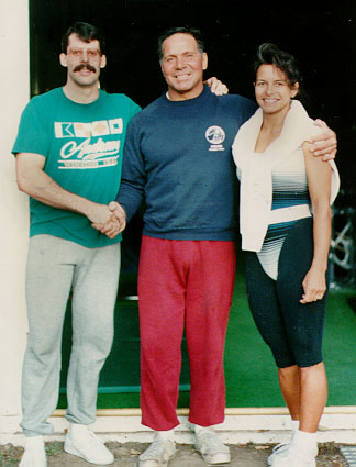 With Mr. Universe and Bodybuilding Hall of Fame, Bill Pearl, after training at his home gym in Phoenix, Oregon (1989).