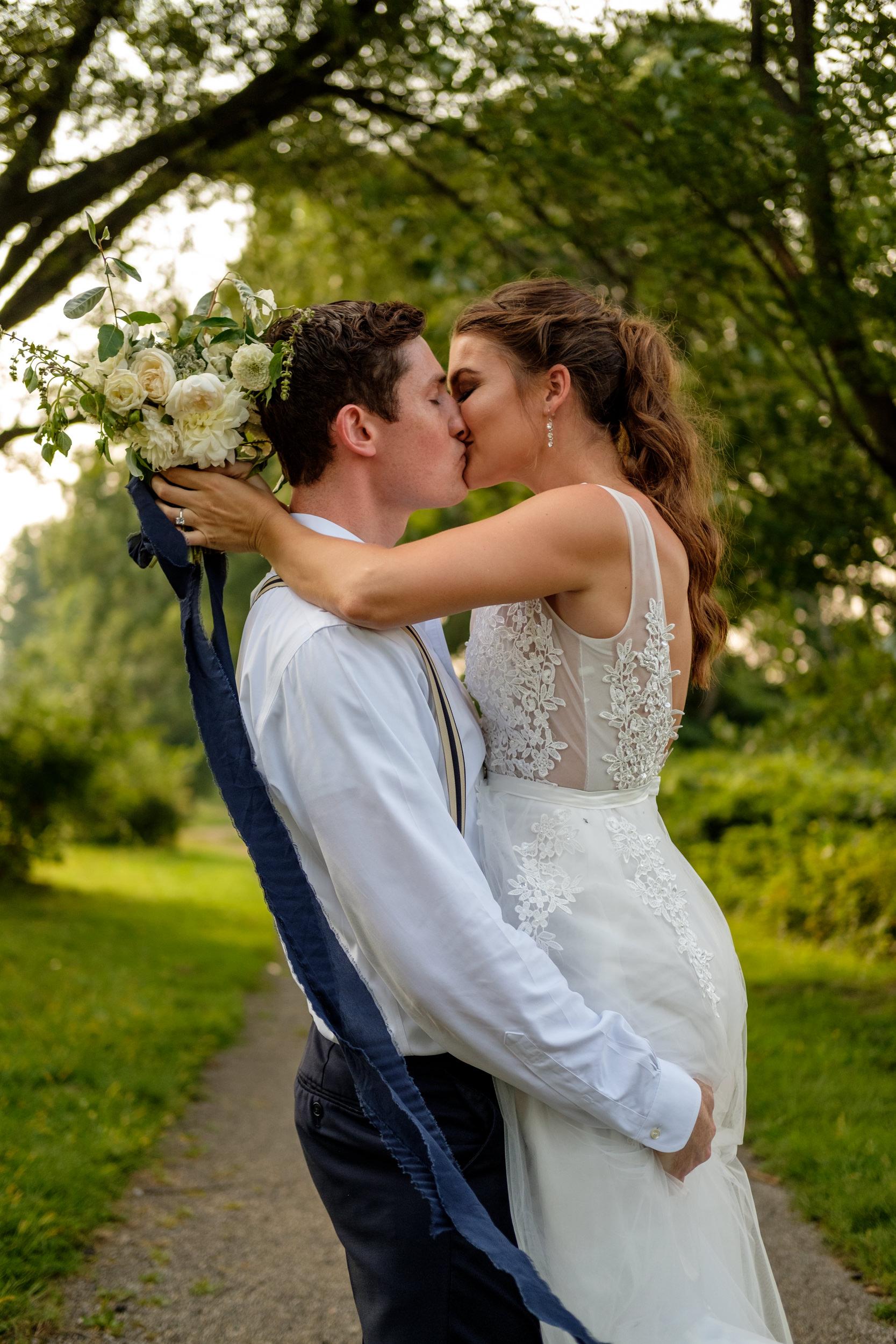 TheSmythCollective-Best-Cincinnati-Wedding-Photographer-002.jpg