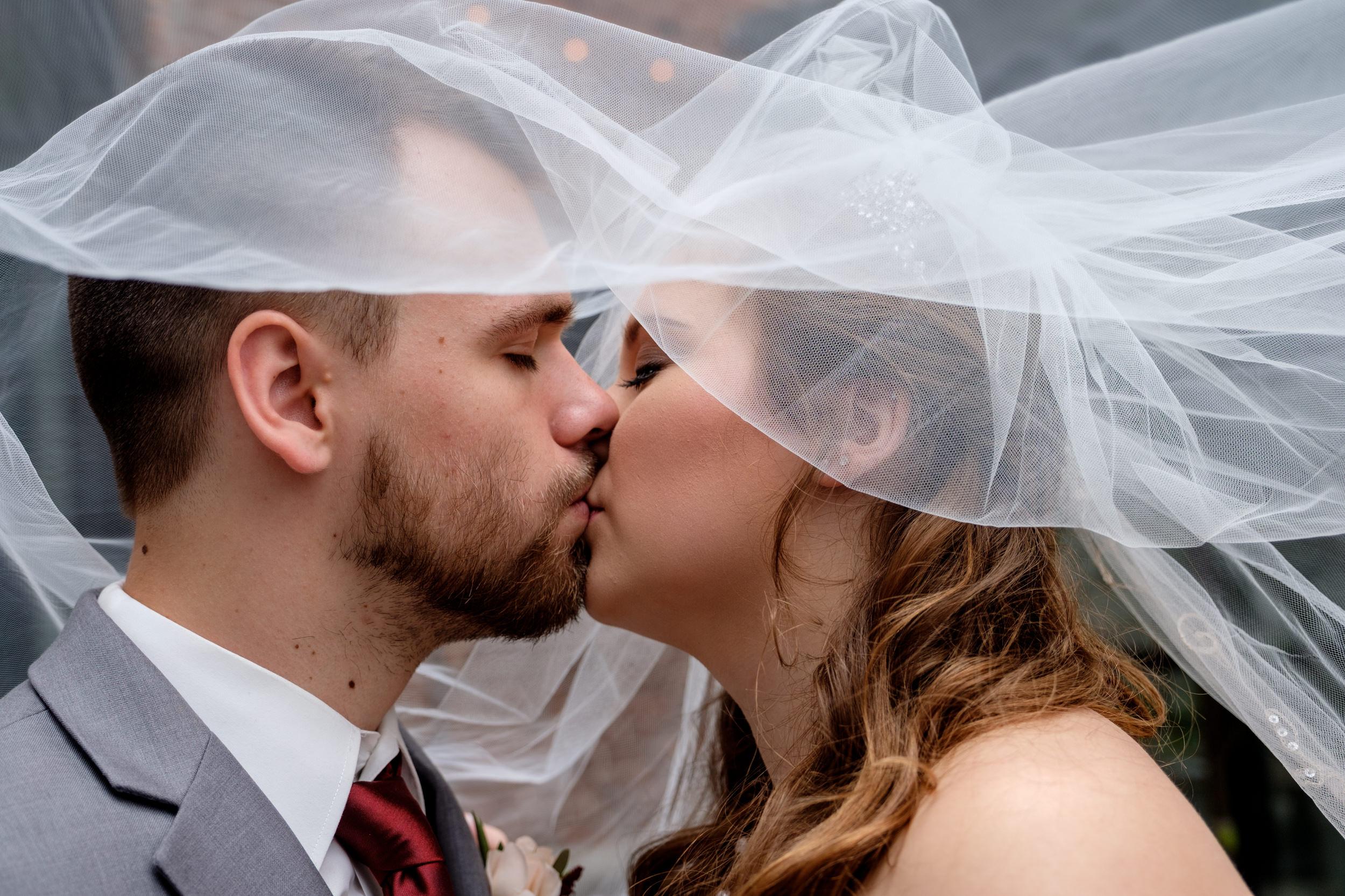 TheSmythCollective-Best-Cincinnati-Wedding-Photographer-036.jpg