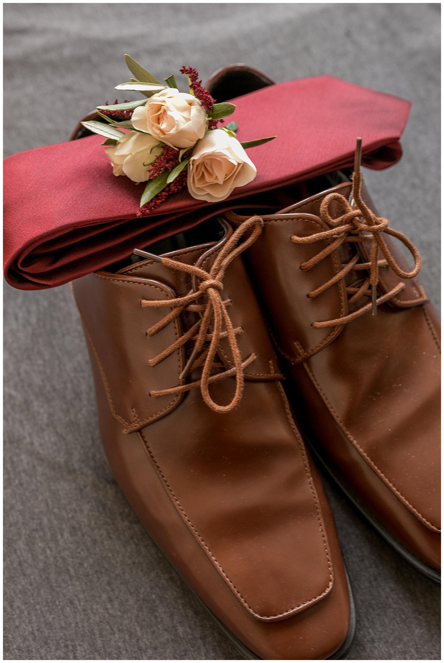 TheSmythCollective-Best-Cincinnati-Wedding-Photographer-Urban-Downtown-Covington-Wedding-04.jpg