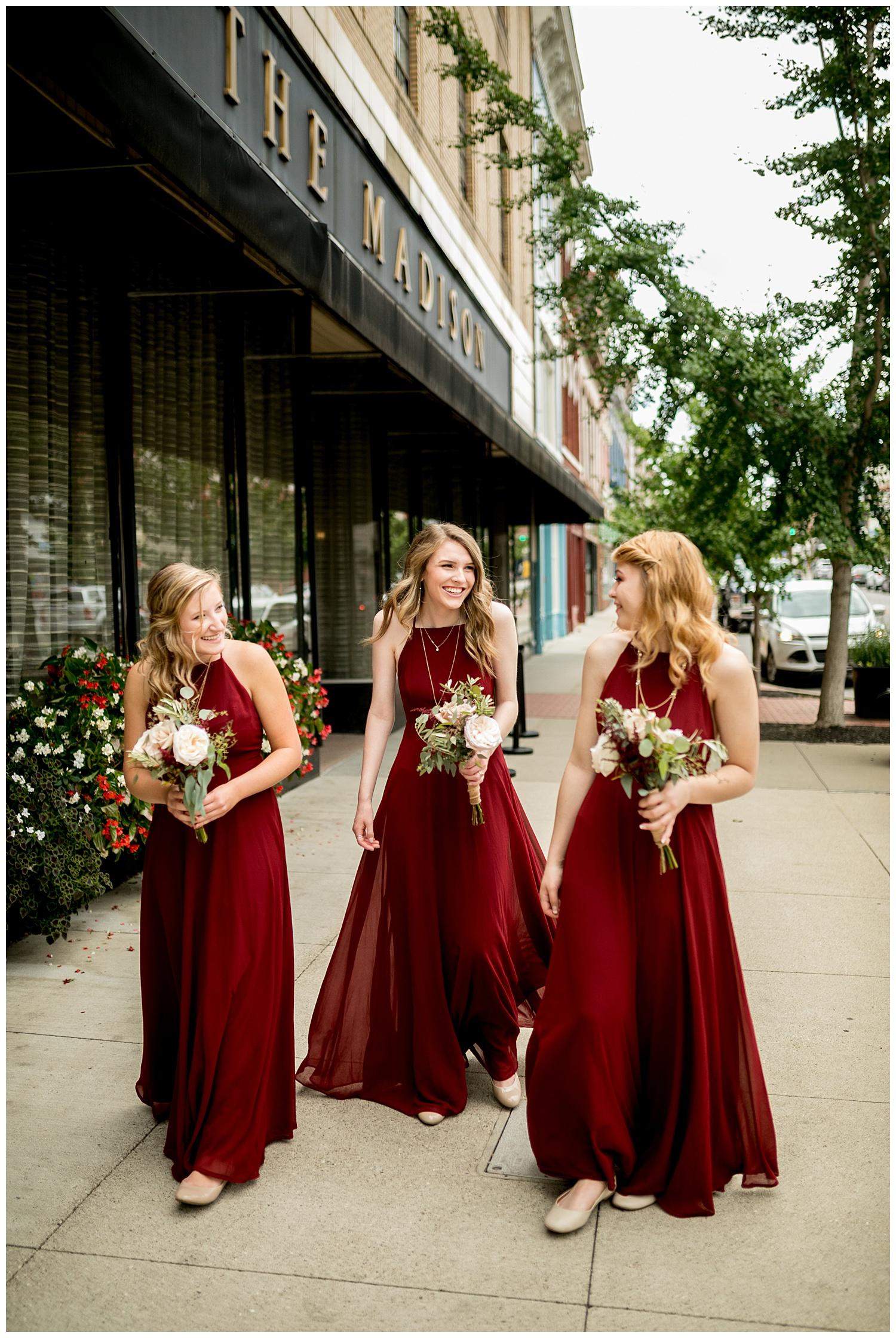 TheSmythCollective-Best-Cincinnati-Wedding-Photographer-Urban-Downtown-Covington-Wedding-12.jpg