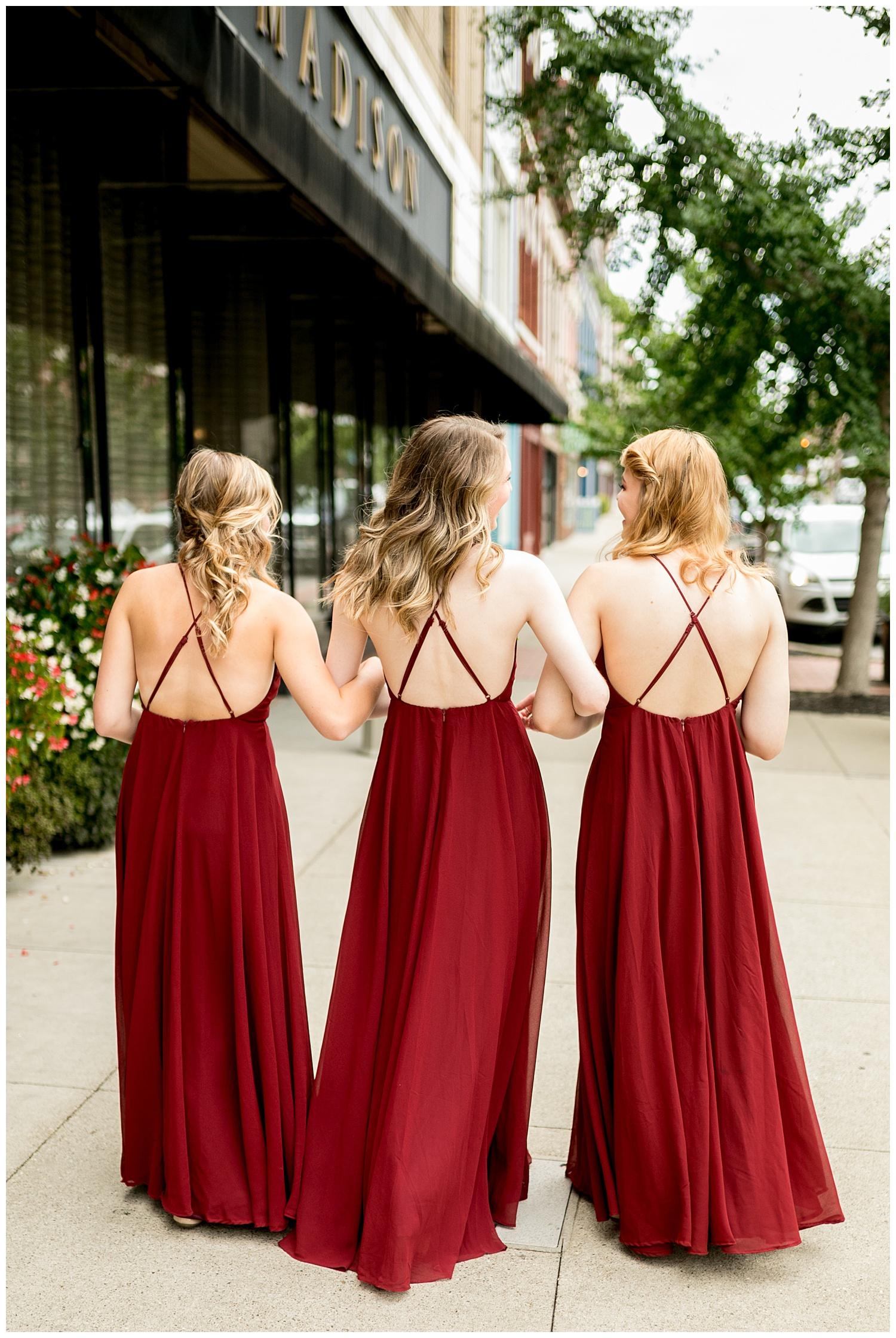 TheSmythCollective-Best-Cincinnati-Wedding-Photographer-Urban-Downtown-Covington-Wedding-13.jpg
