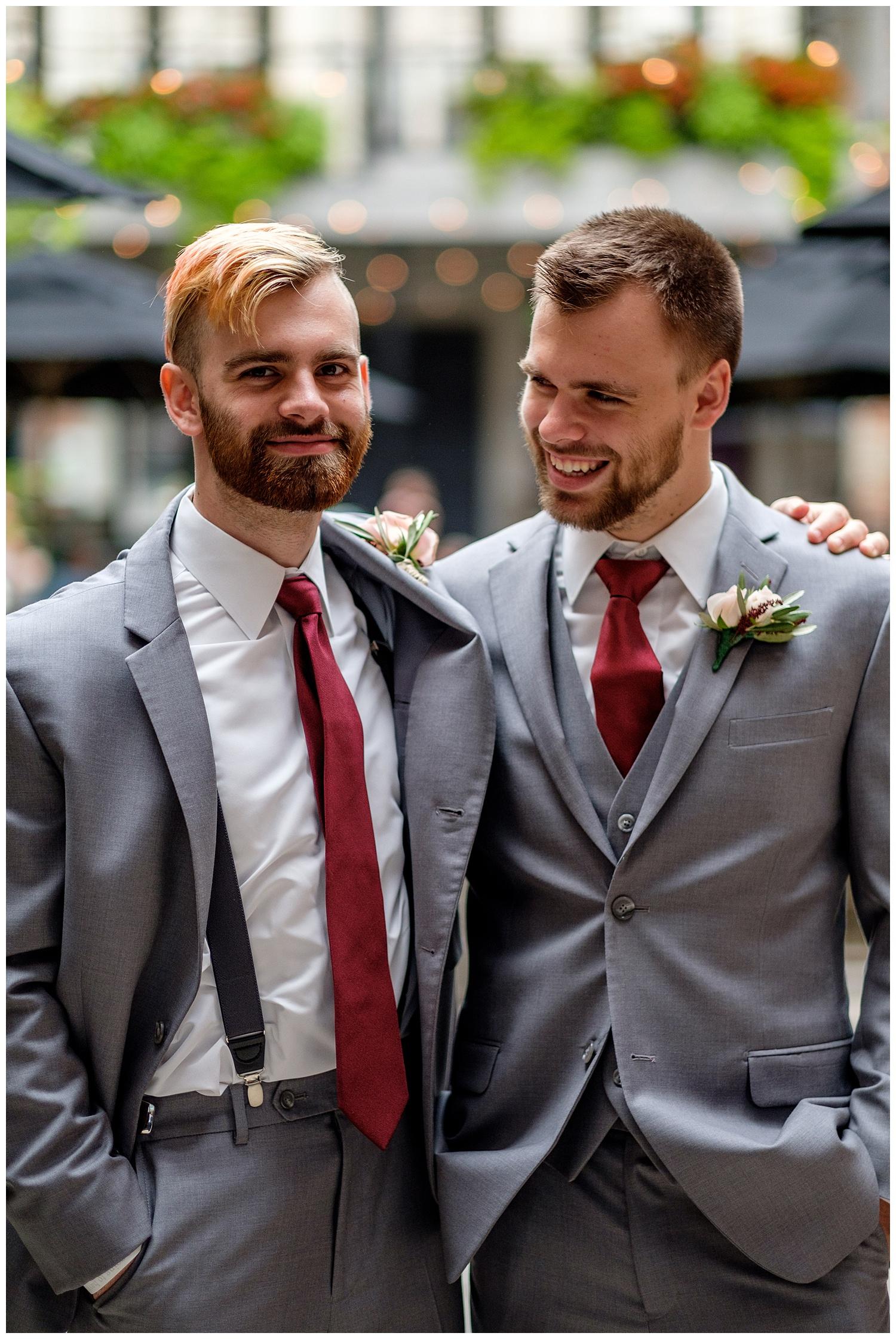 TheSmythCollective-Best-Cincinnati-Wedding-Photographer-Urban-Downtown-Covington-Wedding-17.jpg