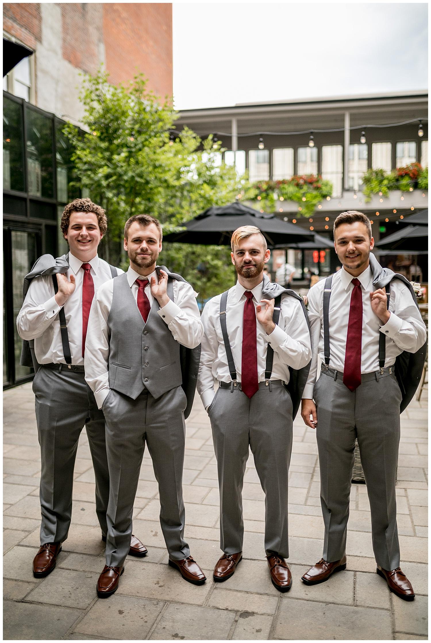 TheSmythCollective-Best-Cincinnati-Wedding-Photographer-Urban-Downtown-Covington-Wedding-19.jpg