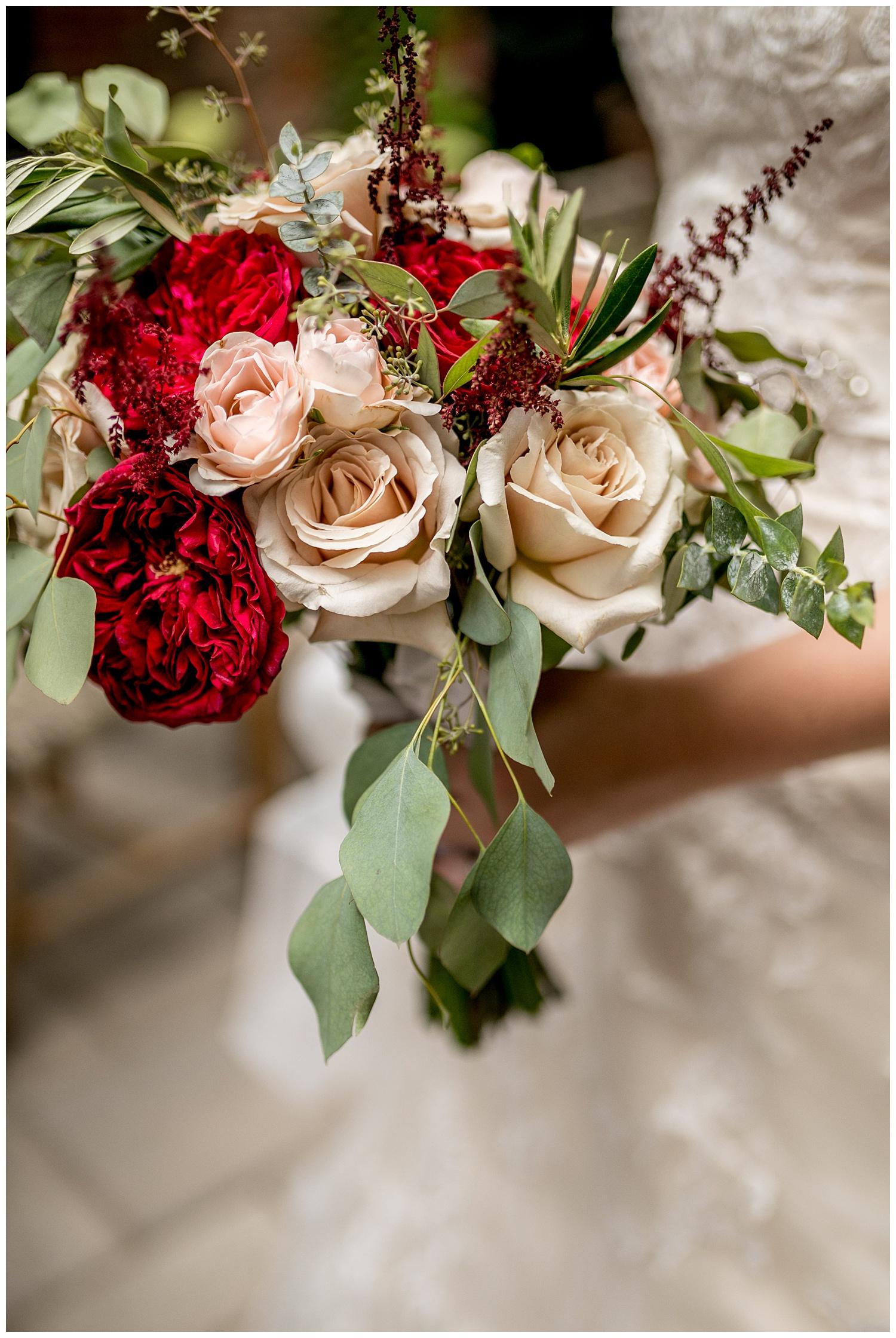 TheSmythCollective-Best-Cincinnati-Wedding-Photographer-Urban-Downtown-Covington-Wedding-26.jpg