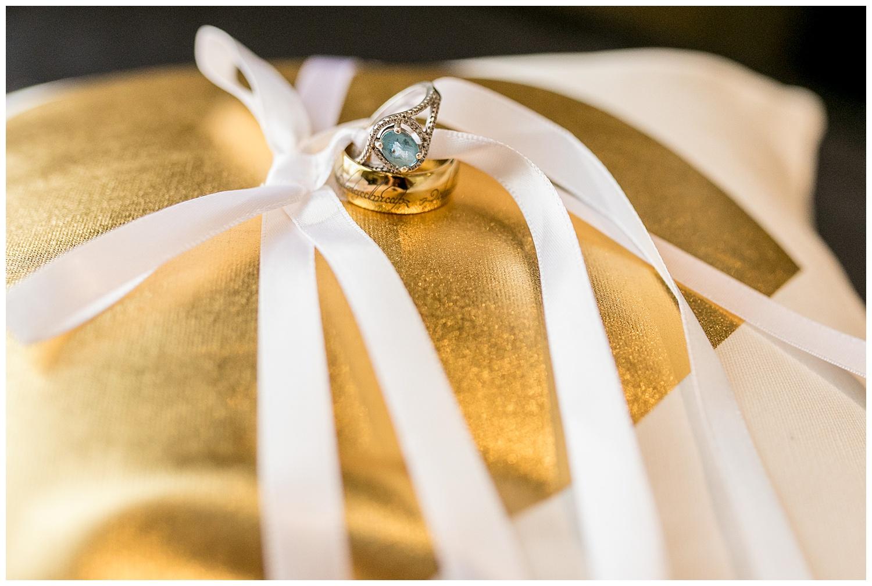 TheSmythCollective-Best-Cincinnati-Wedding-Photographer-Urban-Downtown-Covington-Wedding-29.jpg
