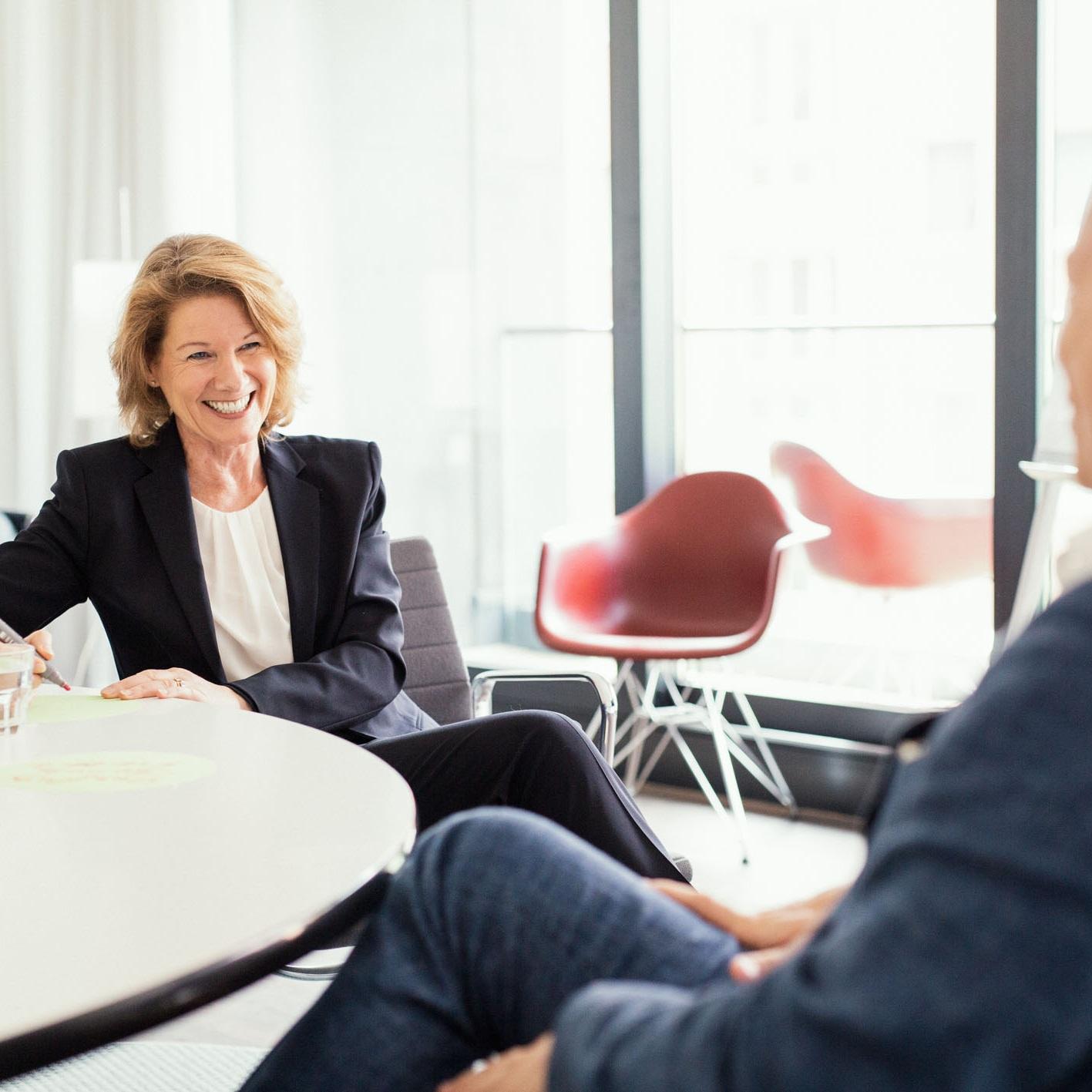 Britta-Balogh_-_Coaching-fuer-Unternehmen_-_Personalintegration-und-Personalentwicklung_-_Foto-DAVID-SONNTAG-2019.jpg