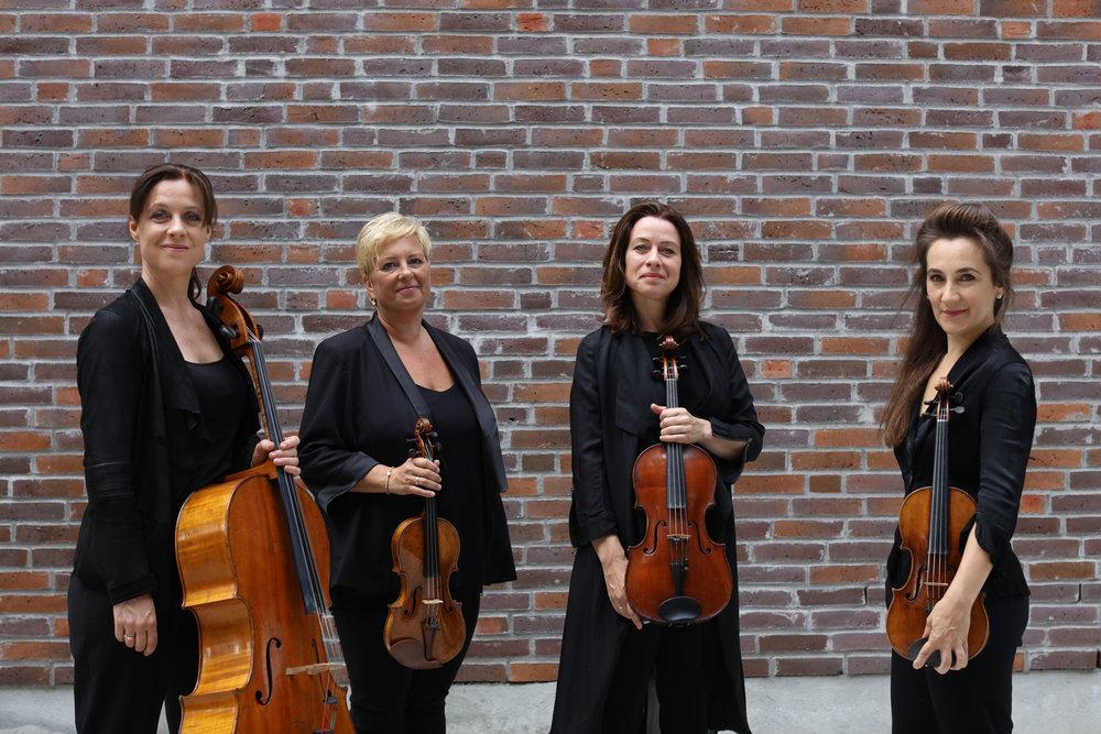 Bjørg Lewis - cello • Øyvor Volle - violin • Berit Cardas - viola • Annabelle Meare - violin