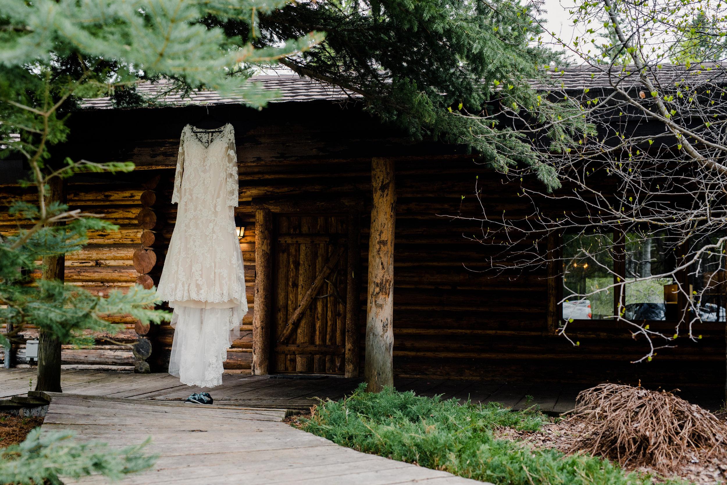Lyndsay & Sean Wedding_Wyoming Wedding Photographer [Virginia Ruth Photography]-114.jpg