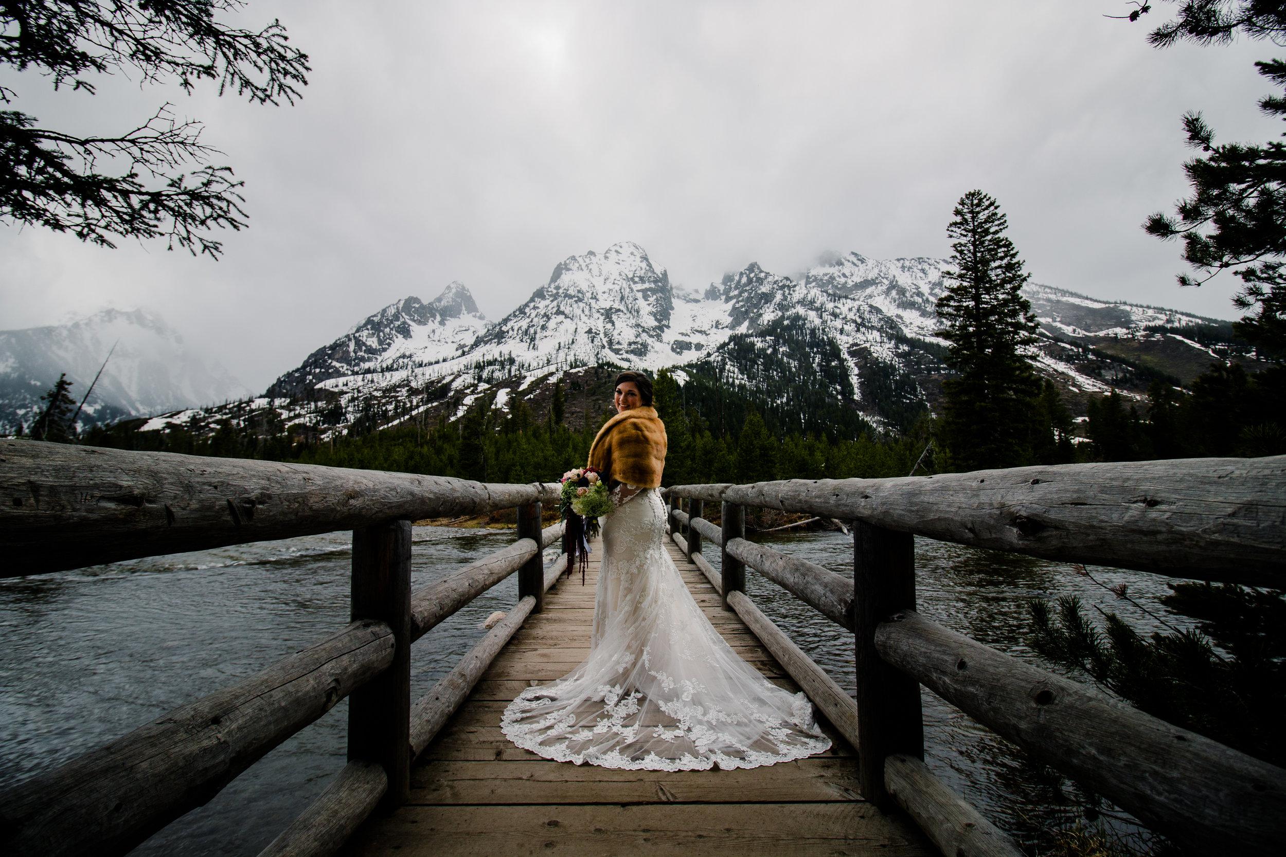 Lyndsay & Sean Wedding_Wyoming Wedding Photographer [Virginia Ruth Photography]-47.jpg
