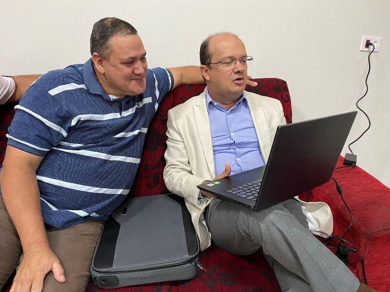 Prefeito de Angélica avalia projetos para o desenvolvimento da região, com deputado Barbosinha