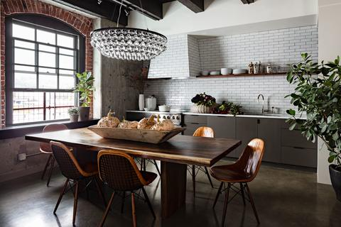 Photo: Lincoln Barbour for Jessica Helgerson Interior Design
